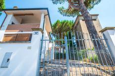 Ferienhaus 357190 für 4 Personen in Lido di Volano