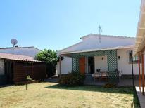 Vakantiehuis 359090 voor 7 personen in Empuriabrava