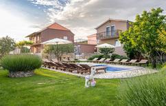 Vakantiehuis 362591 voor 18 personen in Sestanovac