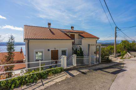 Holiday apartment 376265 for 5 persons in Dramalj