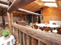 Vakantiehuis 380216 voor 15 personen in Rauris