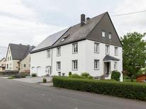 Appartement 382607 voor 4 personen in Morscheid-Riedenburg
