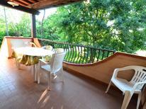 Vakantiehuis 383947 voor 6 personen in Marina Di Massa