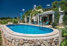 Vakantiehuis 388505 voor 5 personen in Bol