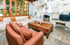 Villa 393165 per 8 persone in Miliou