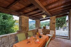 Villa 394740 per 2 adulti + 1 bambino in Pratovecchio