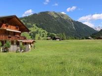 Ferienwohnung 396995 für 3 Personen in Gstaad