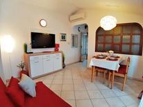 Appartement 398279 voor 4 personen in Poreč