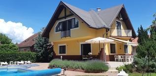 Appartamento 402675 per 12 persone in Zamárdi