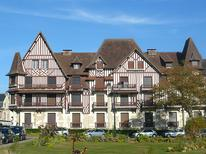 Holiday apartment 407064 for 6 persons in Cabourg