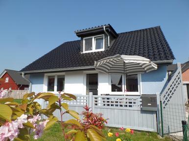 Casa de vacaciones 409970 para 3 adultos + 2 niños en Zierow