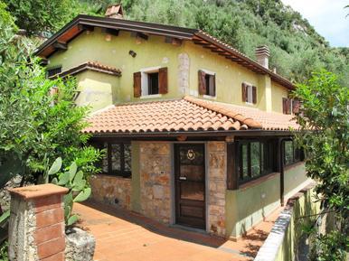 Villa 414320 per 10 persone in Greppolungo