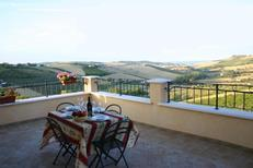 Holiday apartment 415668 for 4 adults + 2 children in Fermo