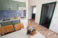 Appartamento 420683 per 4 persone in Sveti Filip i Jakov