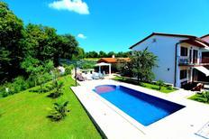 Ferienhaus 423009 für 9 Personen in Štrmac