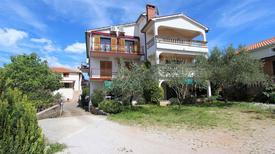 Ferienwohnung 423773 für 6 Personen in Bogovići