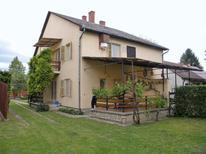 Ferienwohnung 424766 für 5 Personen in Balatonföldvar