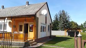 Casa de vacaciones 424903 para 5 personas en Balatonmariafürdö