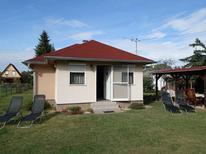 Vakantiehuis 424975 voor 4 personen in Balatonmariafürdö