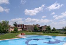 Appartement de vacances 425694 pour 5 personnes , Costermano