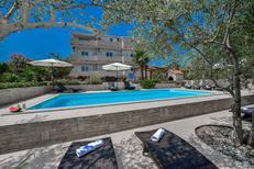 Appartement de vacances 426458 pour 5 personnes , Kukljica