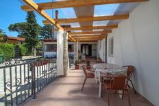 Ferienwohnung 431826 für 4 Personen in Zambratija