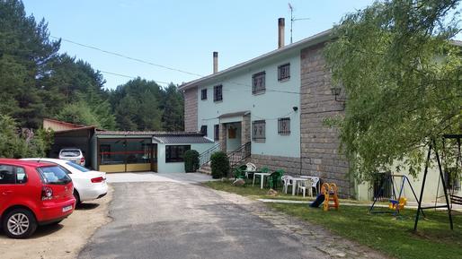 Appartement 435995 voor 5 personen in Navarredonda de Gredos