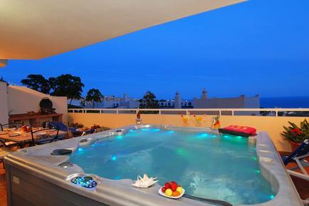 Appartement 438528 voor 7 personen in Sitio de Calahonda