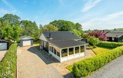 Ferienhaus 438850 für 6 Personen in Sønderballe Strand