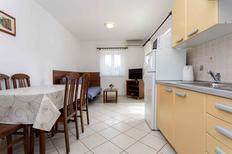 Mieszkanie wakacyjne 442690 dla 5 osób w Baška