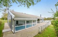 Villa 456000 per 12 persone in Lyngsbæk Strand