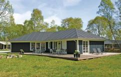 Villa 456305 per 8 persone in Grenå Strand