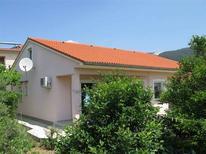 Mieszkanie wakacyjne 458390 dla 6 osób w Banjol