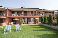 Ferienwohnung 459977 für 4 Personen in Torri del Benaco
