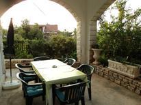 Mieszkanie wakacyjne 460003 dla 4 osoby w Sutivan