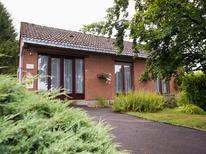 Ferienhaus 460074 für 4 Personen in Froidchapelle
