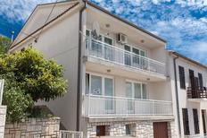 Ferienwohnung 462236 für 4 Personen in Crikvenica