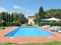 Villa 464098 per 12 persone in Poppi