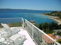 Ferienwohnung 466811 für 3 Personen in Omiš