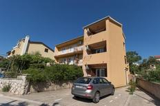 Holiday apartment 467219 for 5 persons in Cres