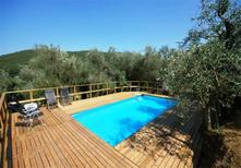 Ferienhaus 468667 für 8 Personen in Capannori