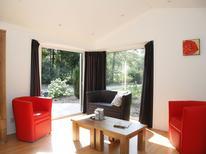 Ferienhaus 468949 für 6 Personen in Hooghalen