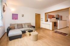 Appartement 469401 voor 4 volwassenen + 2 kinderen in Poreč