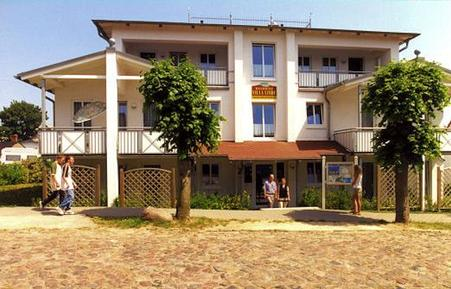 Holiday apartment 471869 for 4 persons in Ostseebad Göhren