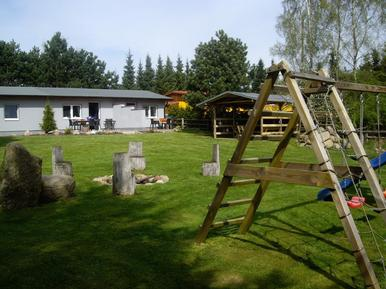 Studio 472449 for 2 adults + 2 children in Marlow