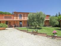 Ferienwohnung 473670 für 4 Personen in Orentano