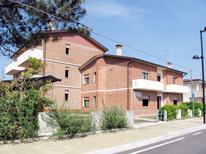 Ferienwohnung 474977 für 5 Personen in Rosolina Mare