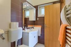 Appartement 476898 voor 4 personen in Fažana