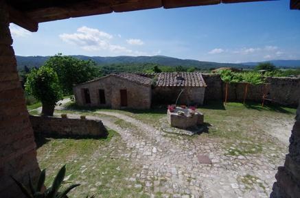 Ferienwohnung 477073 für 4 Personen in Monteriggioni