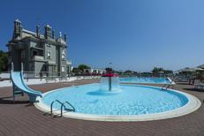 Appartement de vacances 477132 pour 4 adultes + 2 enfants , Chioggia